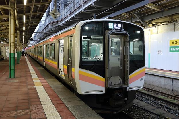 越後線E129系@新潟駅