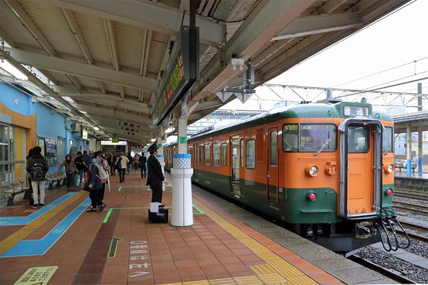 115系@柏崎駅