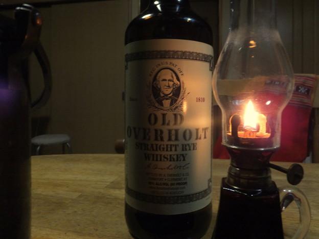 酒はアメリカンウイスキー