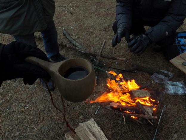 焚き火とククサ