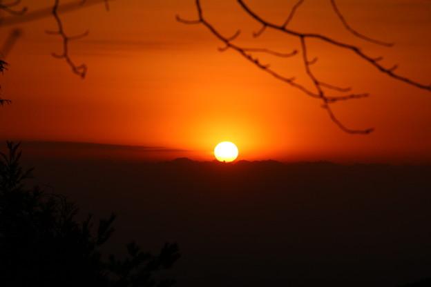 写真: 今朝の日の出は猪の平から・・