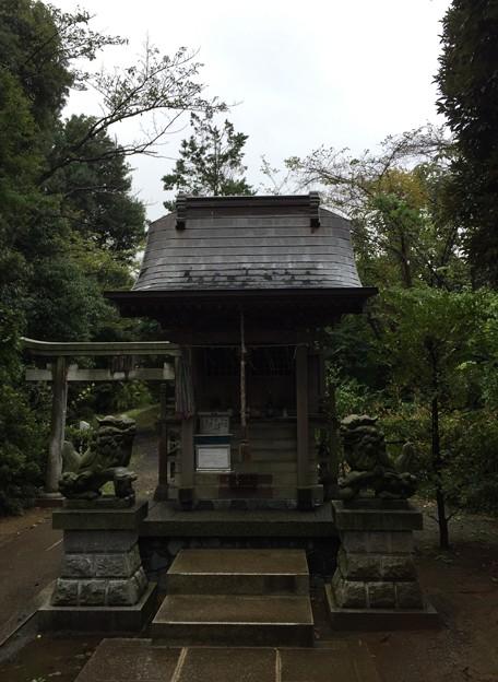 平山城(日野市営 平山城址公園)平山季重神社