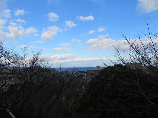 三井寺(園城寺。大津市)観音堂前より、北東