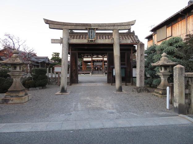 若宮八幡神社(大津市)移築 犬走り門