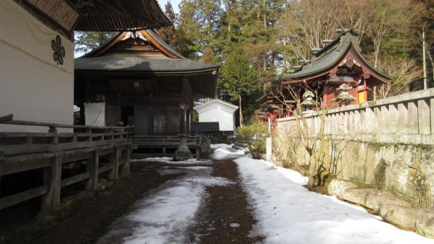 新海三社神社 神楽殿(佐久市)