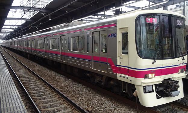 京王線系統8000系(第32回フェブラリーステークス当日)
