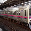 写真: 京王線系統7000系