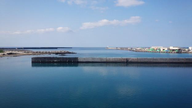 澄み渡る空と海