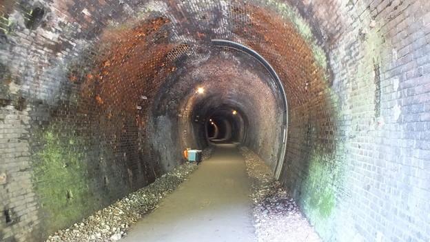 廃トンネル2