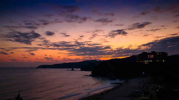 写真: 伊豆の夕日