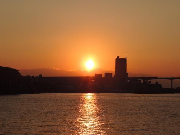 Photos: 初日の出シルエット01