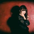 写真: red and shadow