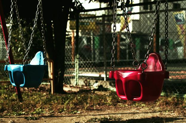 無人の公園