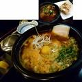 写真: 【一昨日の夜飯】岡山市北区柳町の、楽食(らっく) 韓ラーメン(生麺を選択)セット 800円と、ヨメナカセ(2本)と、牛アキレスのピリ辛煮込み。 冨士麺だ♪\(^o^)/ スープは珍しいイカ出汁ベース