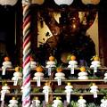 祇園の疾地蔵尊のお正月飾りは鏡餅かずらり