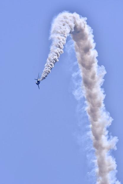 松島基地復興航空祭。。6番機上昇から下降