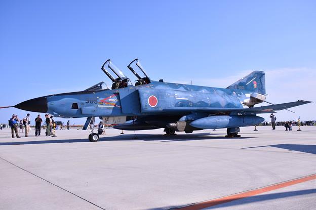 松島基地復興航空祭。。青い空 青い機体百里からRF-4(1)