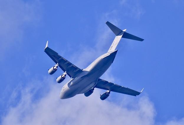 ある日の厚木基地。。時にはアラスカのエルメンドルフ空軍基地所属C-17グローブマスター横田へ 20170902