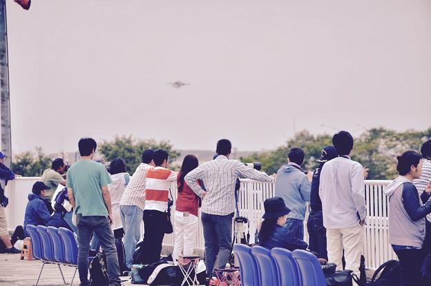 航空祭翌日の帰投待ち風景。。三沢空港