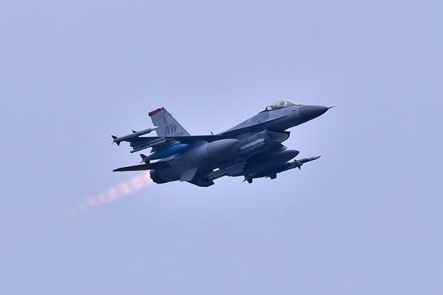 三沢基地。。三沢のWW F-16アフターバーナー焚いて上がり