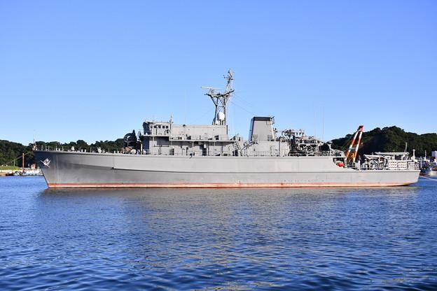 Photos: 退役してまだ放置状態の元掃海艦はちじょう 20170918
