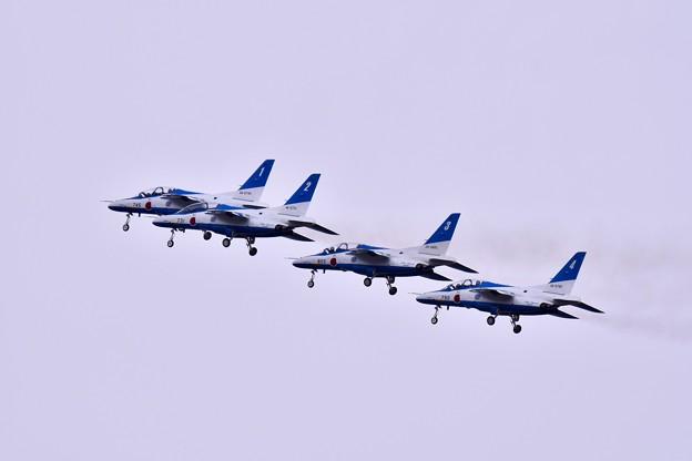 急に雲行きが怪しくなって。。ブルーインパルス 岐阜基地航空祭