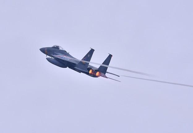 築城基地航空祭。。イーグル上昇ベイパー出し