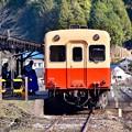 写真: 小湊鉄道の風景。。月崎駅到着したキハ200系 20171210
