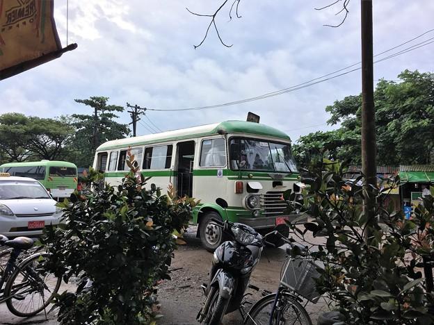 HINO バス (1)