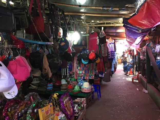 ミャワディの市場 (2)