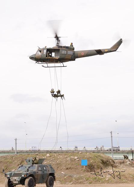 UH-1Jラぺリング降下2L