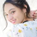 モニカ瑠那振り向き笑顔