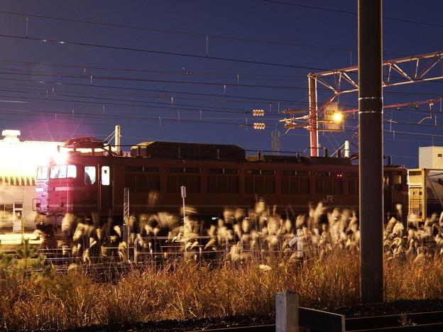 発車を待つEF81‐404牽引 2090レ vol.1