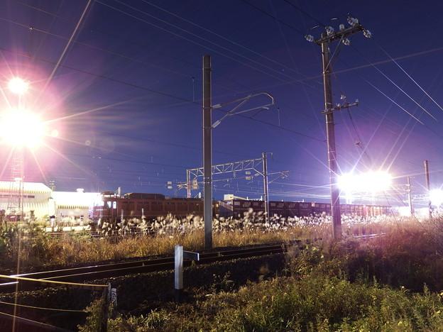 発車を待つEF81‐404牽引 2090レ vol.3