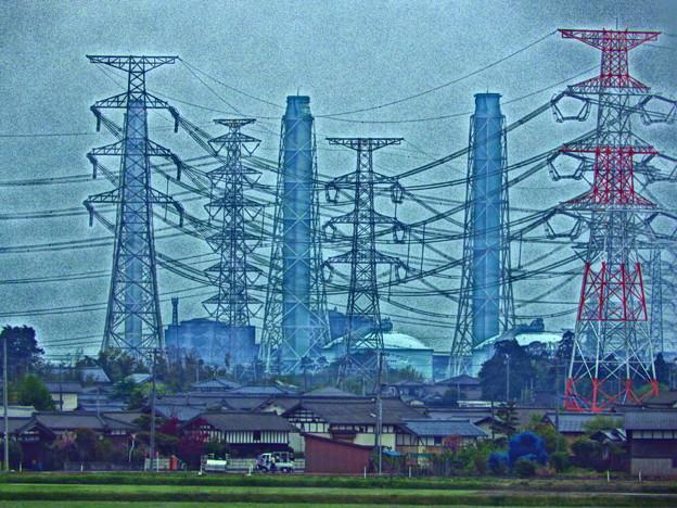 鉄塔と送電線&国内最大級の火力発電所