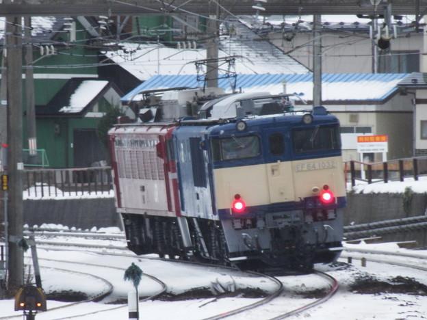EF81‐98牽引EF64‐1032配給 後追い