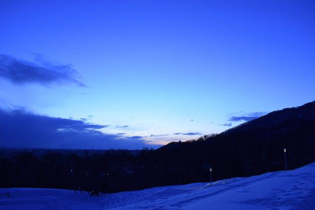 夜明け前の札幌旭山記念公園2