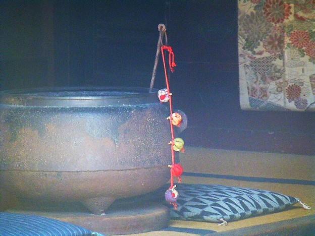 昔ながらの火鉢
