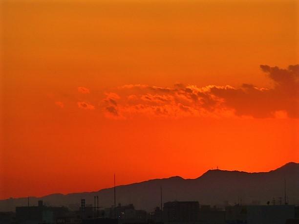 茜色の夕焼け