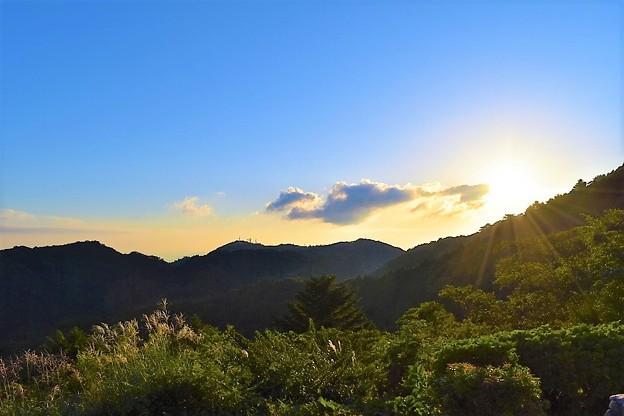 写真: 鉢巻展望台の夕日