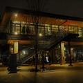写真: ライトアップされたJO-TERRACE OSAKA