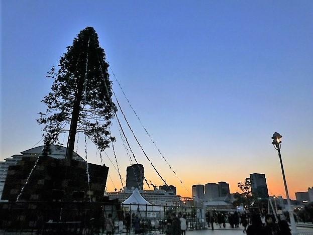 神戸メリケンパークの夕景