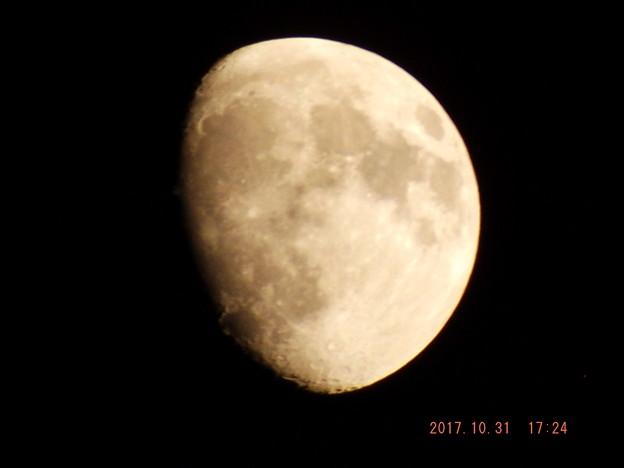 2017/10/31(火)のお月様