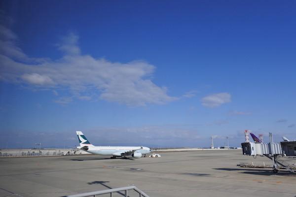 晴天の関西空港から飛び立ちます