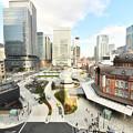 東京駅前の工事完成