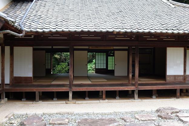 頼久寺庭園の書院