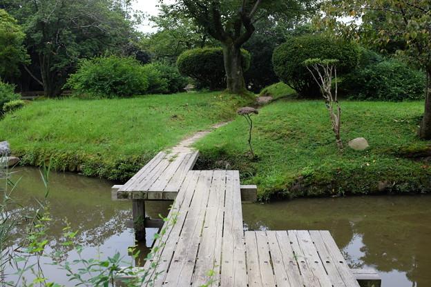 衆楽園の木橋