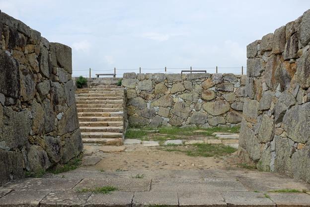 津山城の石垣と石段