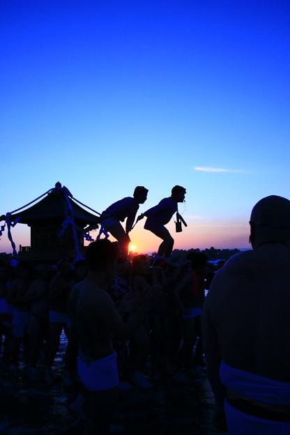 初日の出・神輿渡御 高萩市高浜海岸