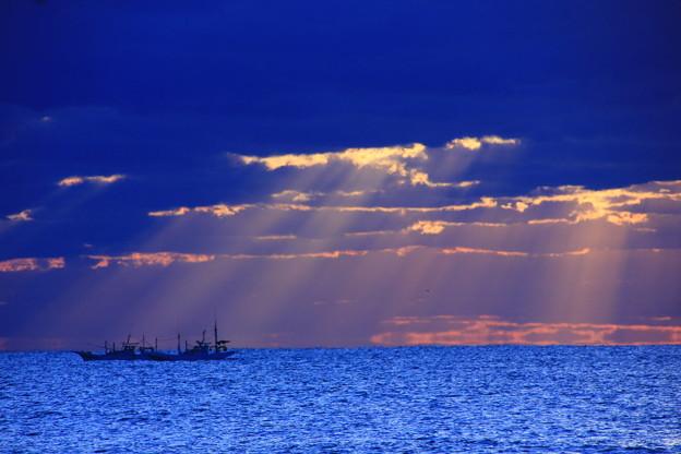 Photos: 693 会瀬漁港 日立沖
